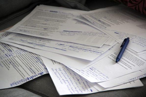 erste Überarbeitung, Manuskript, Redigieren